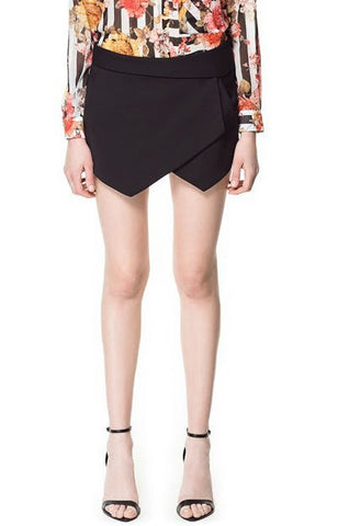 Trendy-Road-Style-Shop-Online-Woman-Fashion-Street-shorts-asymmetrical-slim-pockets-black