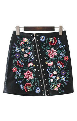 Trendy-Road-Style-Shop-Online-Woman-Fashion-Street-skirt-mini-leather-black-rivet-zipper-floral-embroidery