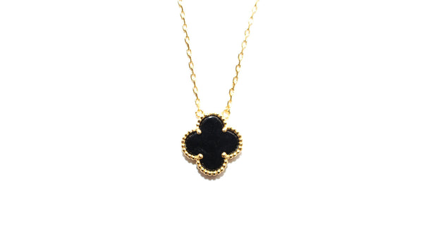 Lucky clover necklace