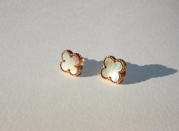 Lucky clover stud earrings 18k gold plated limited edition