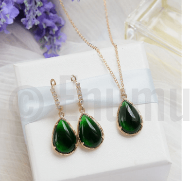 Uncut Emerald Earrings and Pendant set - Enumu  - 1