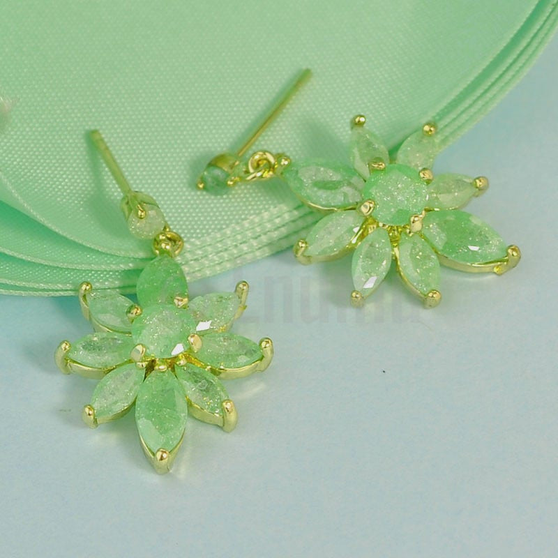 Light Green Ice Shine Earrings - Enumu  - 1