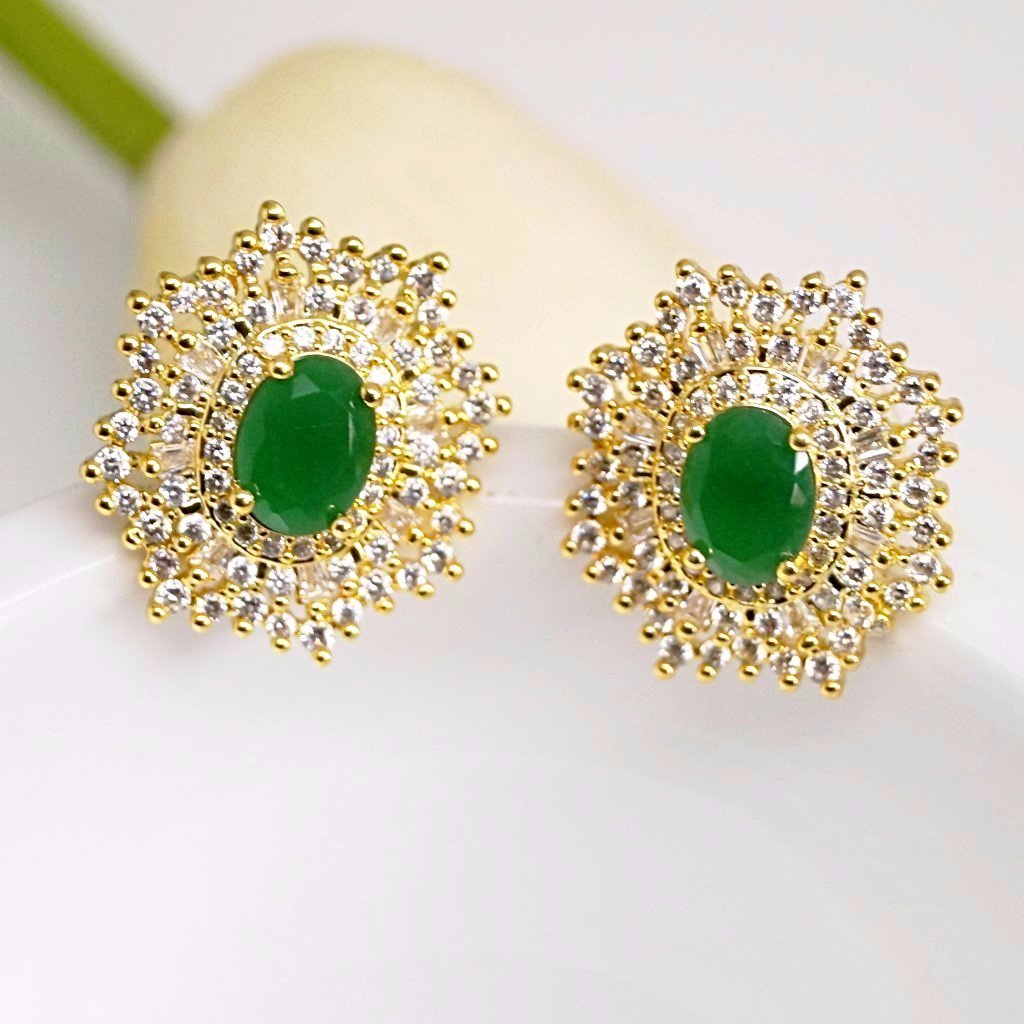Simple Emerald Stud Earrings