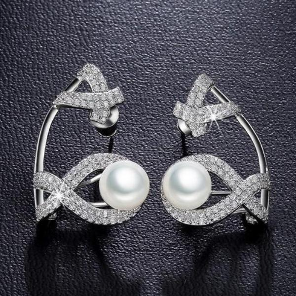 Big Dual Cut Pearl and CZ Cuff - Enumu