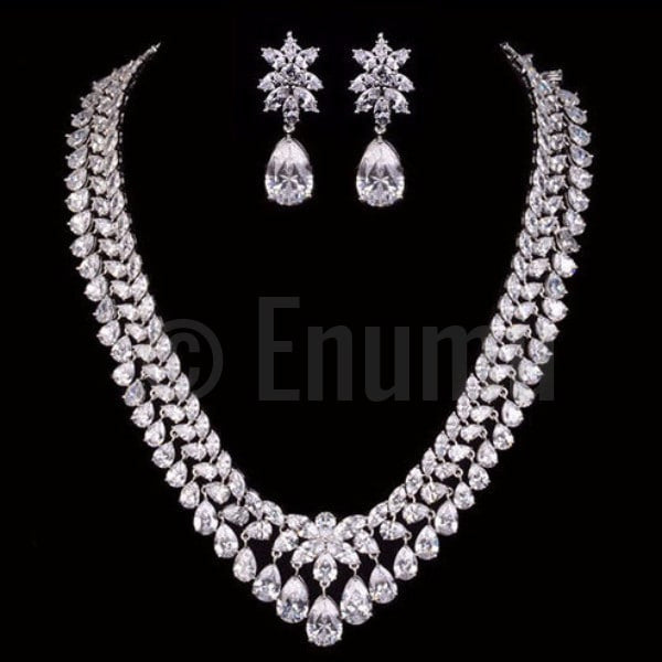 Grand wedding Diamond Imitation Necklace set - Enumu  - 1