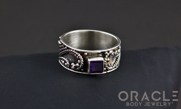 Sterling Silver ring with Amethyst Size 9
