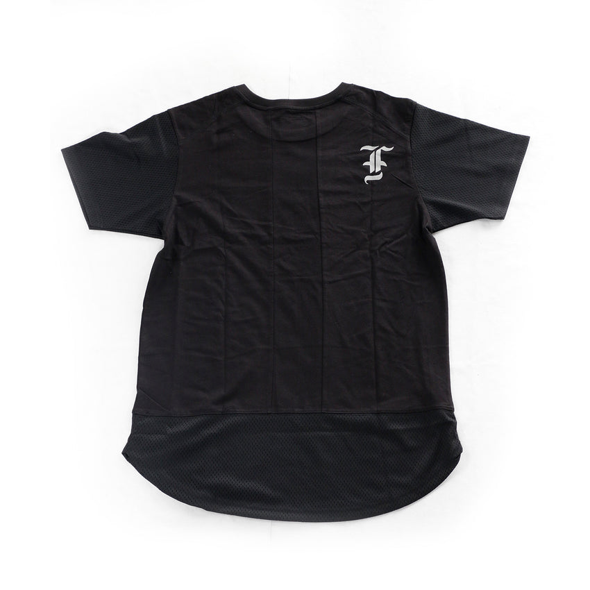 Fresh Runner Elongated Tee (Black)