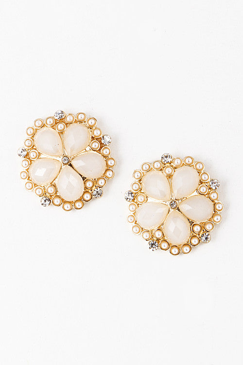 Pearl Rimmed Floral Stud Earring