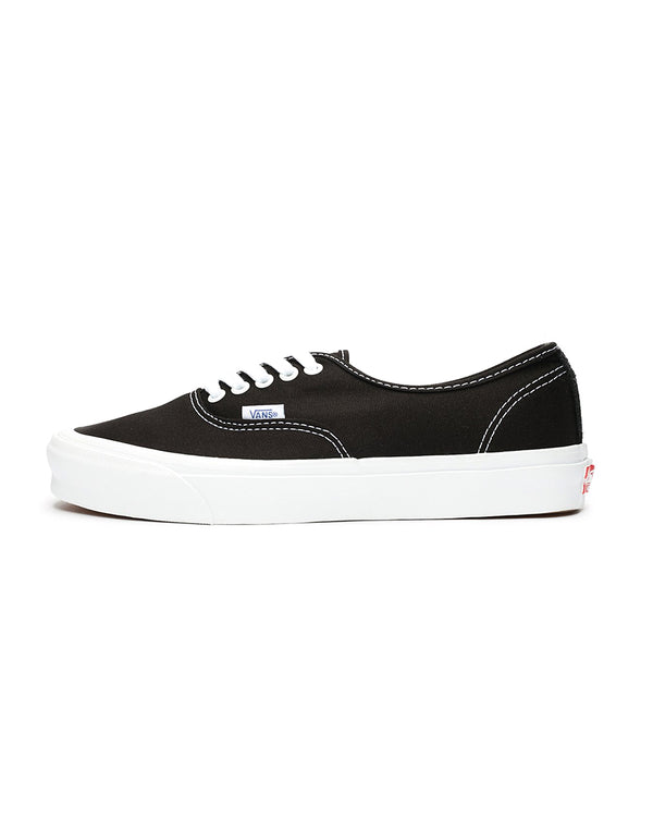 Vault OG Authentic LX - Black/White
