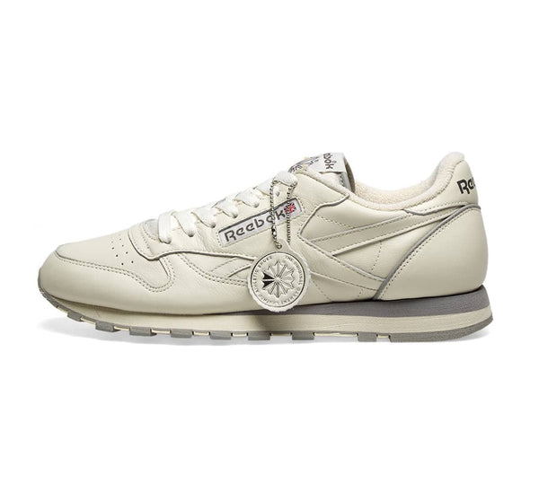 Reebok CL Leather - 1983 TV