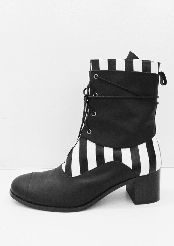 Optical Illusion Boots (Women)