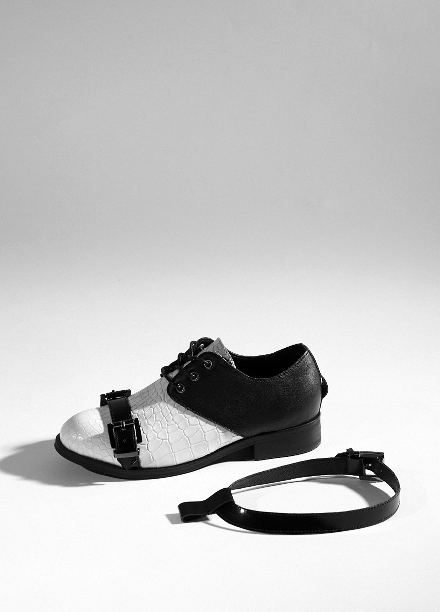 Strap Buckle Shoes