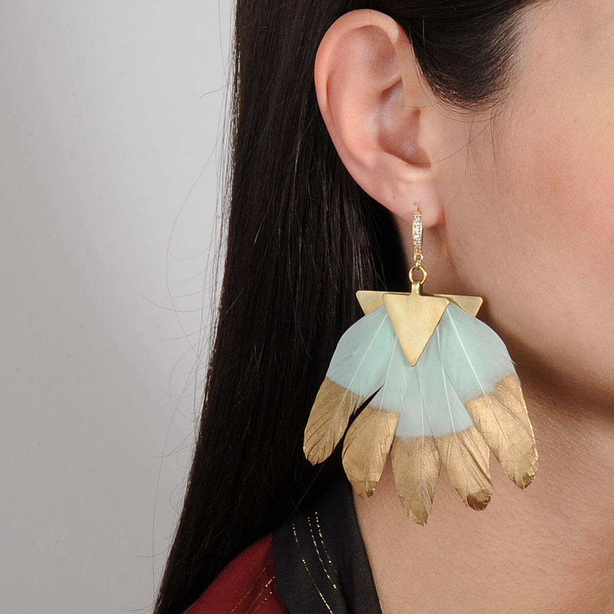 Artemis Light Veraman Feather Metal Earrings