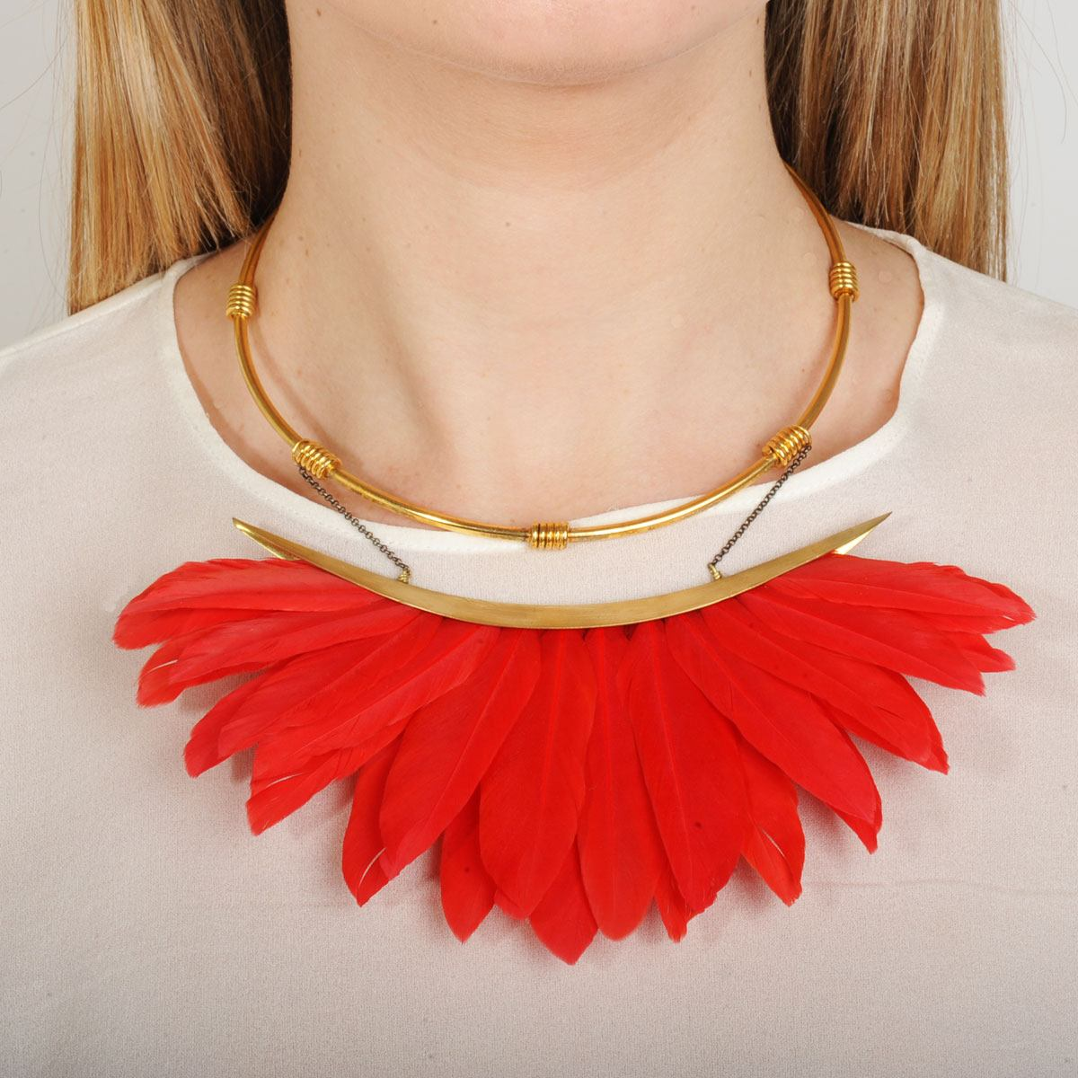 red feather short necklace KATERINA PSOMA