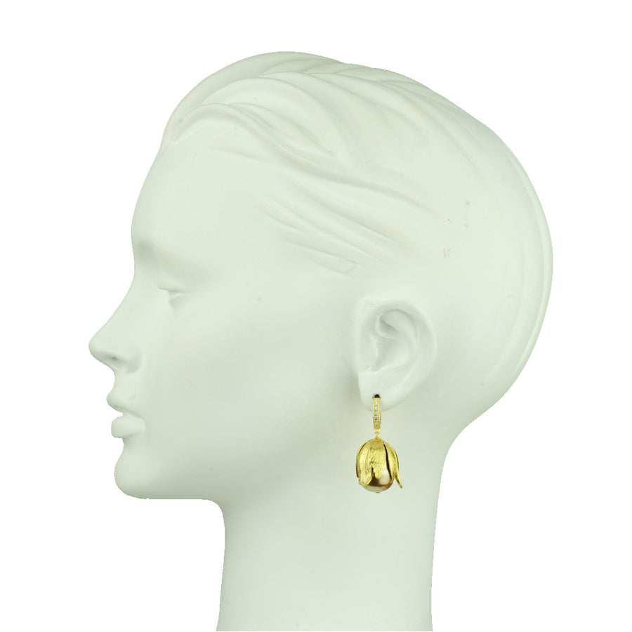 Katerina Psoma  Beige Pearls Hoop Earrings detail