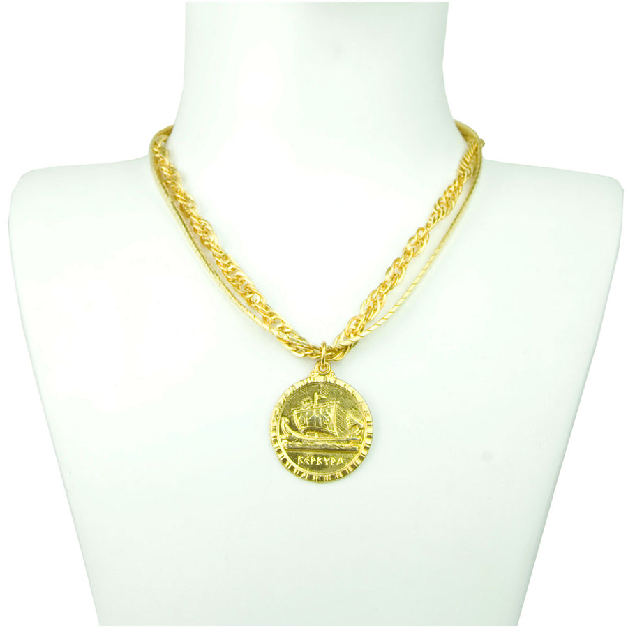 Short Chain Necklace With Vintage Medallion detail