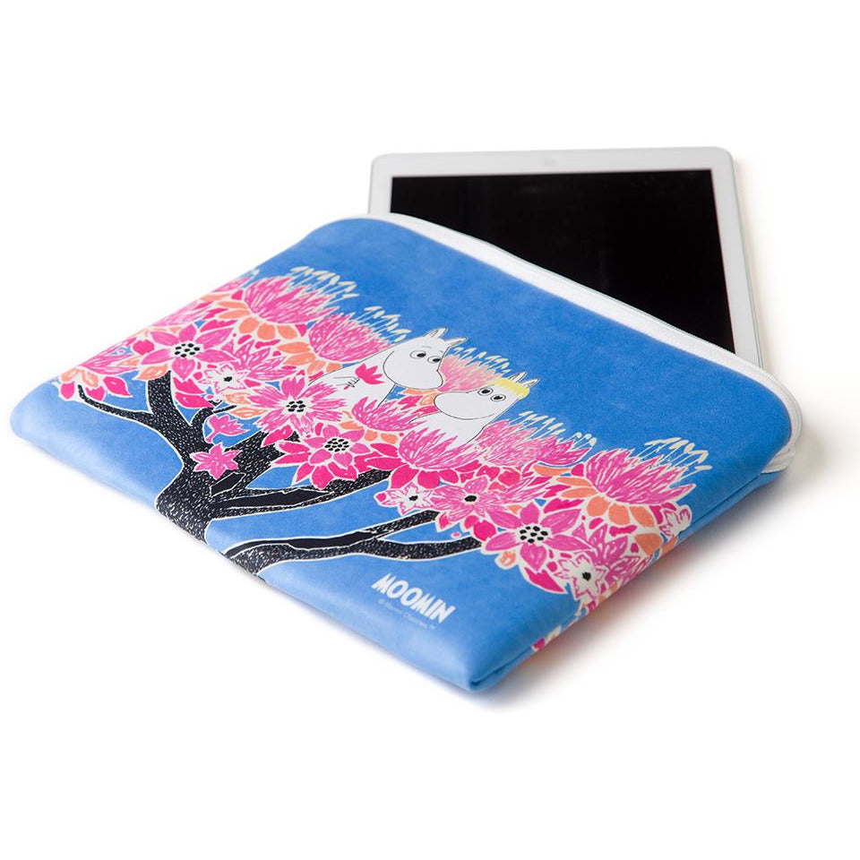 Moomins in tree Tablet Pouch - Aurora Decorari - The Official Moomin Shop