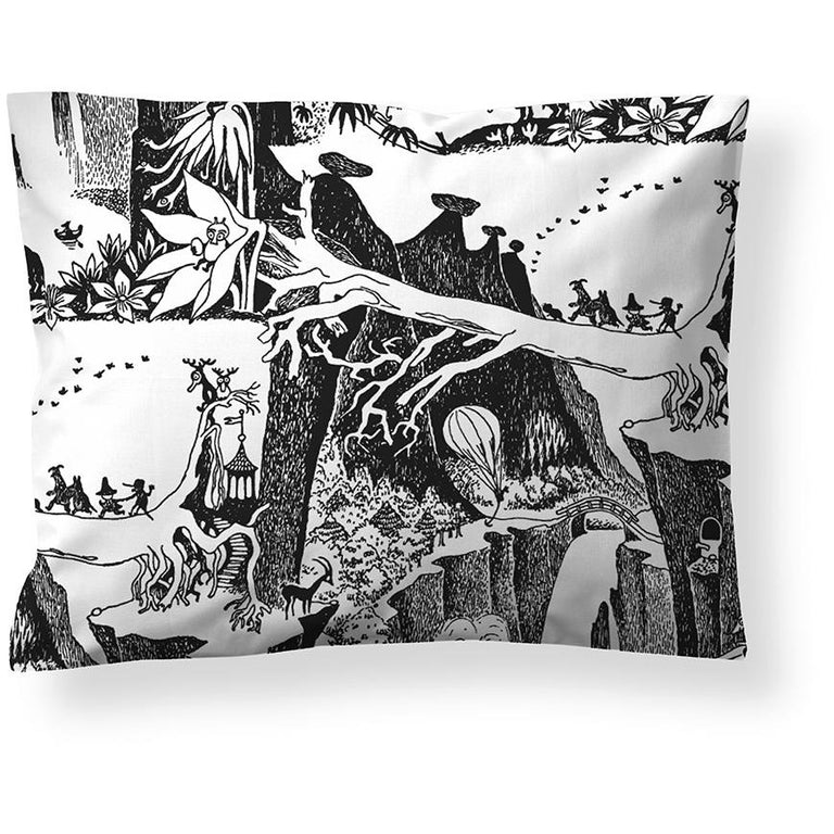 Adventure Moomin pillow cover 50 x 60 cm by Finlayson - The Official Moomin Shop