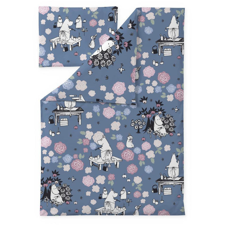 Moominmamma dreaming duvet cover set for babies by Finlayson - The Official Moomin Shop