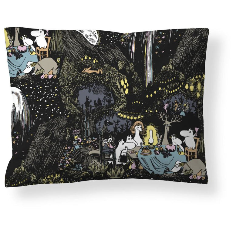 Moomin Star Pillow Cover 50 x 60 cm - Finlayson - The Official Moomin Shop