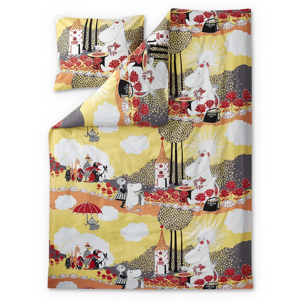 Rose Moomin yellow duvet cover 120 x 160 cm by Finlayson - The Official Moomin Shop