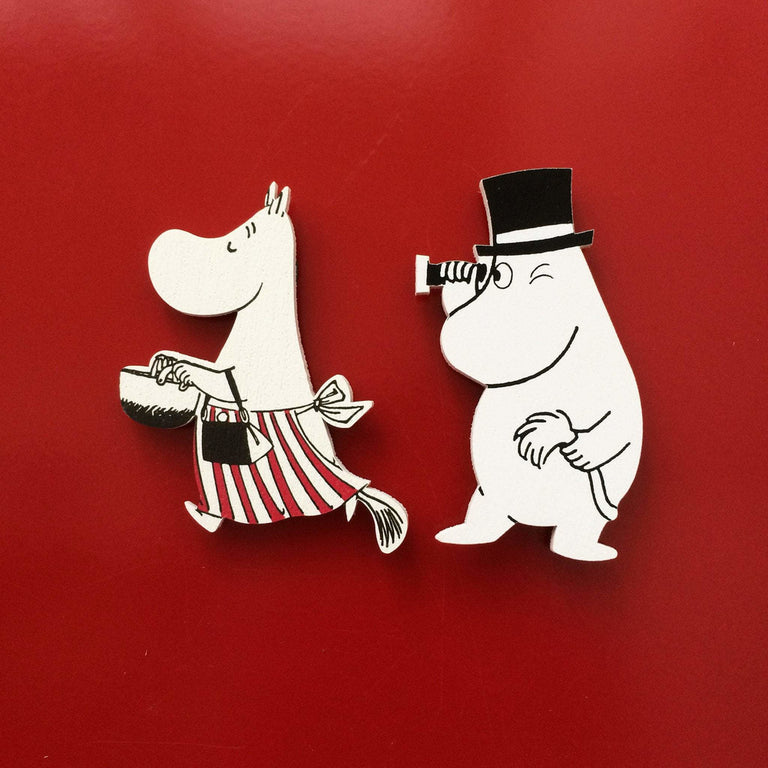 Moominmamma and Moominpappa wooden magnets by Aprilmai - The Official Moomin Shop