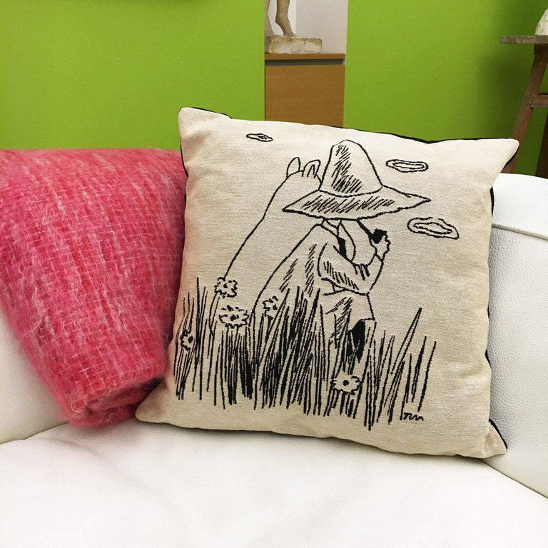 Moomintroll and Snufkin cushion cover by Aurora Decorari - The Official Moomin Shop