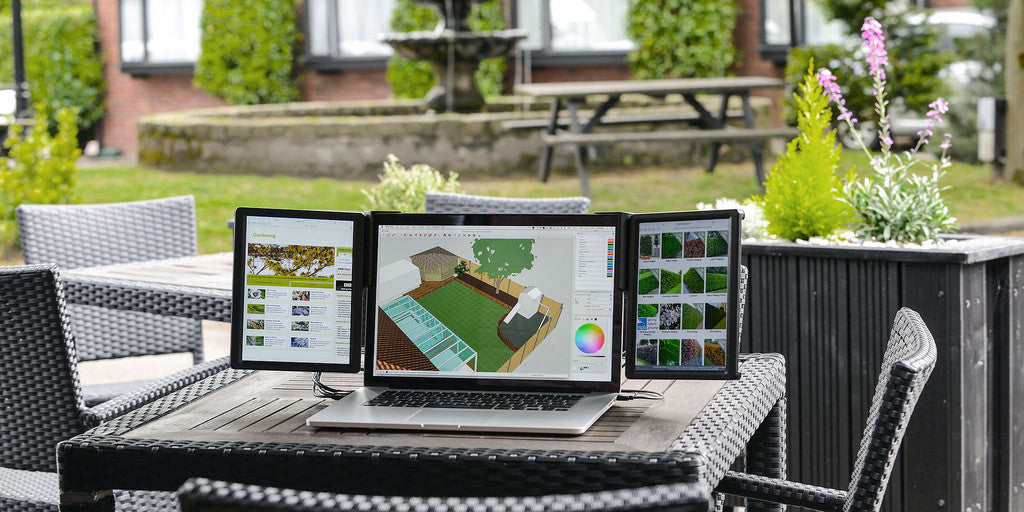 Portable double screens - even outside!