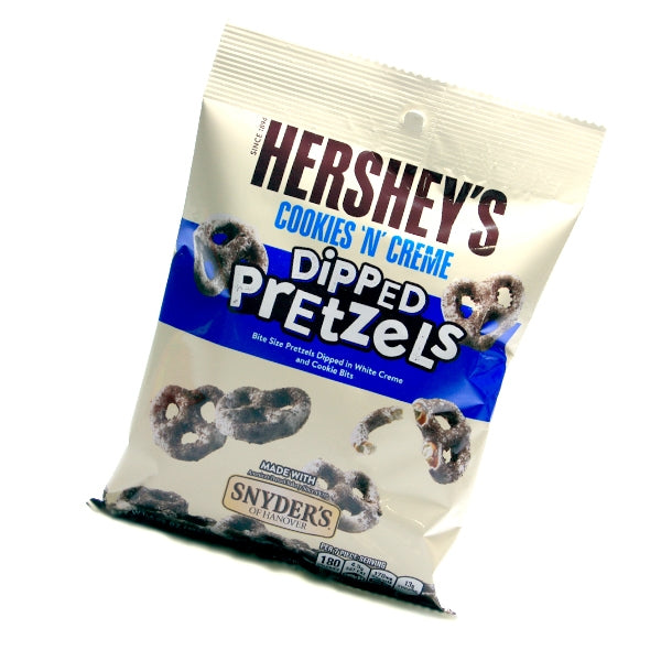 Hershey's Cookies 'n' Creme Dipped Pretzels (120g) - A Taste of the States