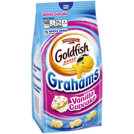 Goldfish Grahams Vanilla Cupcake (6oz) - A Taste of the States