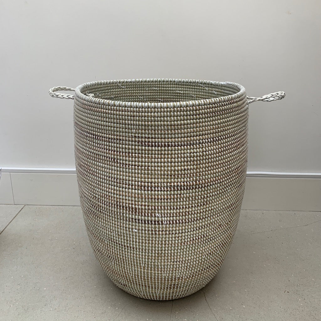 Sample - basket with leather handles - no lid