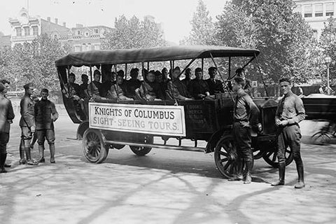 Knights of Columbus Bus takes Wounded soldiers on Sightseeing Tour of DC