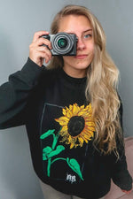 NOISYBUTTERS Exclusive Sunflower Black Crewneck