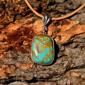 Turquoise (Royston) Cabochon and Sterling Silver Pendant (SSP 1014)