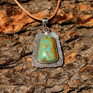 Turquoise (Royston) Cabochon and Sterling Silver Pendant (SSP 1023)
