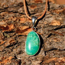 Load image into Gallery viewer, Chrysoprase Cabochon and Sterling Silver Pendant (SSP 1039)