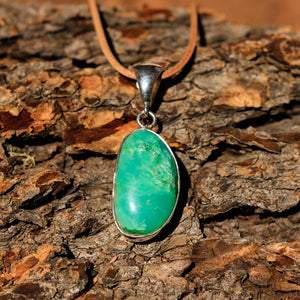 Chrysoprase Cabochon and Sterling Silver Pendant (SSP 1039)