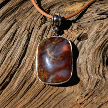 Load image into Gallery viewer, Agate (Mulligan Peak) Cabochon and Sterling Silver Pendant (SSP 1056)