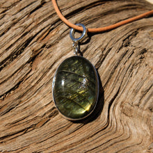 Load image into Gallery viewer, Labradorite Cabochon and Sterling Silver Pendant (SSP 1102)