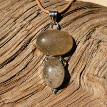 Load image into Gallery viewer, Rutilated Quartz Cabochon and Sterling Silver Pendant (SSP 1111)