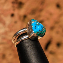 Load image into Gallery viewer, Turquoise Cabochon and Sterling Silver Ring (SSR 1008)