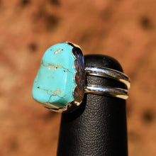 Load image into Gallery viewer, Turquoise Cabochon and Sterling Silver Ring (SSR 1009)