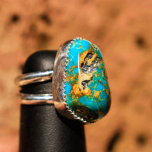 Load image into Gallery viewer, Turquoise (Kingman) Cabochon and Sterling Silver Ring (SSR 1010)