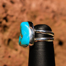 Load image into Gallery viewer, Turquoise Cabochon and Sterling Silver Ring (SSR 1021)