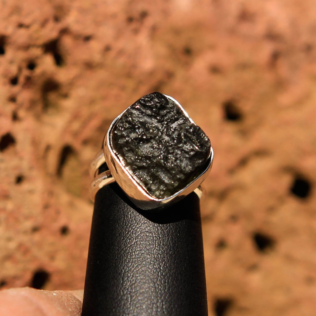 Moldavite Cabochon and Sterling Silver Ring (SSR 1025)