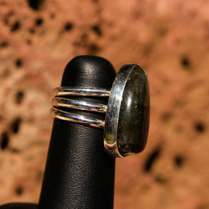 Labradorite Cabochon and Sterling Silver Ring (SSR 1027)