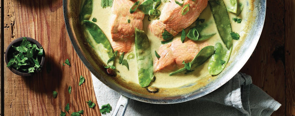 Green Curry Braised Salmon with Snow Peas