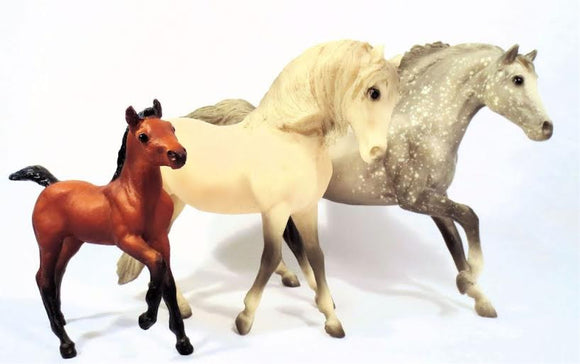 Breyer:  Classic / Freedom Series