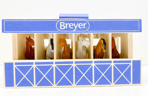 Breyer Farms Wood Carry Stable