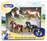 Breyer_Glow_in_the_Dark_SM_set_at_Triple_Mountain